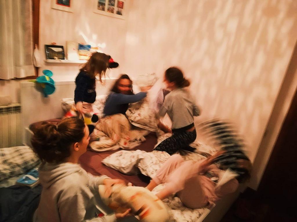guerra  dei cuscini